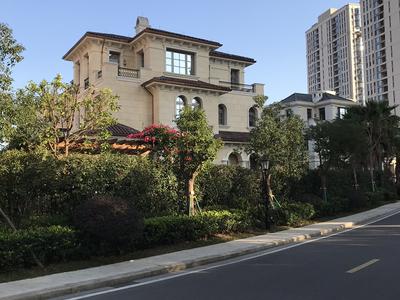 海德公园联排叠墅171平实得面积约500平送阁楼带车位仅售1050万