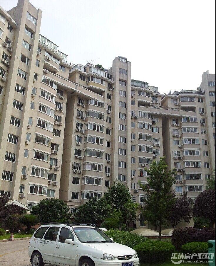 新世纪花园 127平方 15楼 证满两年 八小学区 售价168万