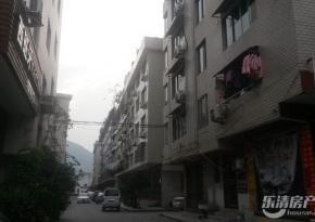 出租国贸160平4室,3.5万,老装修保养出租国贸160平住家或办公3.5万