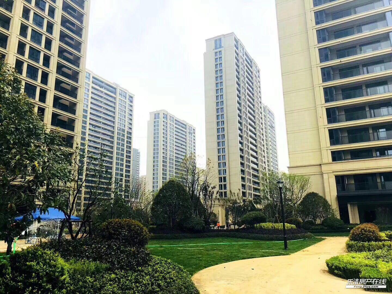 绿城玫瑰园 143平 235万 3楼 边套 城南一小学区