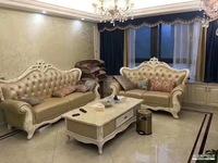 润景华庭 证上123平豪华装修 家具齐全 全新的 拎包入住 165万