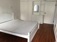 出租丹霞一区3室1厅1卫85平米2500元/月住宅