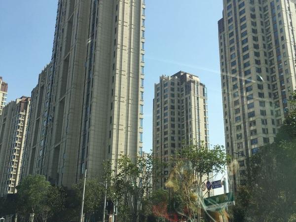 高端小区悦荣府89平,低价178万七小学校区清河公园