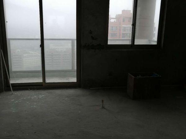 出售万岙山庄 电梯商品房138平方毛坯房,只卖45万,亏本转让