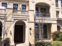 海德公园联排别墅294平110现在只卖880万前后无遮挡