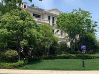 海德公园联排叠墅175平。实得500平680万三面大花园带地下室全天候阳光