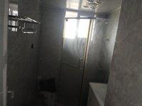 出售东方广场3室2厅2卫141.5平米165万住宅