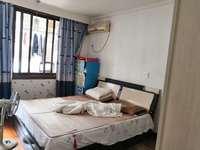 出售东浦二区3室2厅2卫,4楼带大车库,清爽装修,出让金房东交,售96万