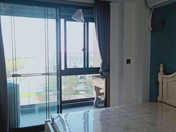 滨江花苑2室精装修 32000一年 近育英 外国语体育馆