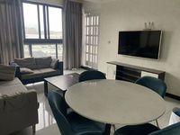 出租:胜华嘉园高层,两室一厅两卫大阳台,精装修,拎包入住 年租金4.3万