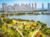 悦荣府精装3房2卫一线湖景,楼王位高层,清和公园一览无余,年租5.5w