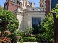 悦荣府联排别墅358平。实得700平1025万三面大花园带地下室免过户费