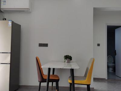 出租 海上明月 隔套 首次出租 2室套房 年租3.6万,新体育馆,江南里临近