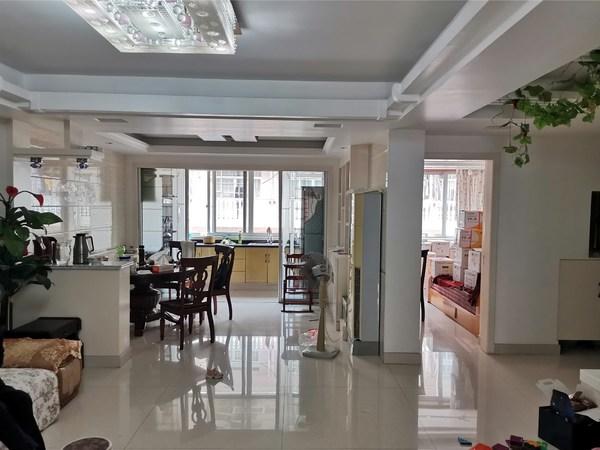 售:朴湖东湖小区 127平 3室2厅2卫 清爽住家装修 国有出让 售价108万