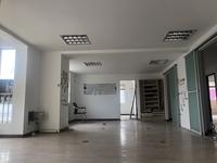 出租银来大厦 办公室装修 180平 干净清爽 采光非常好 年租金4.5万